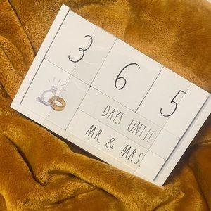 NWT Rae Dunn 365 Days Countdown Calendar